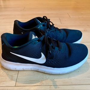 Nike Free RN Black with White Running Sneakers